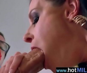 Hardcore Sex On Huge Dick..