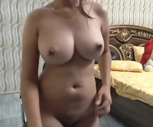 Sexy Indian Desi Big Boobs..